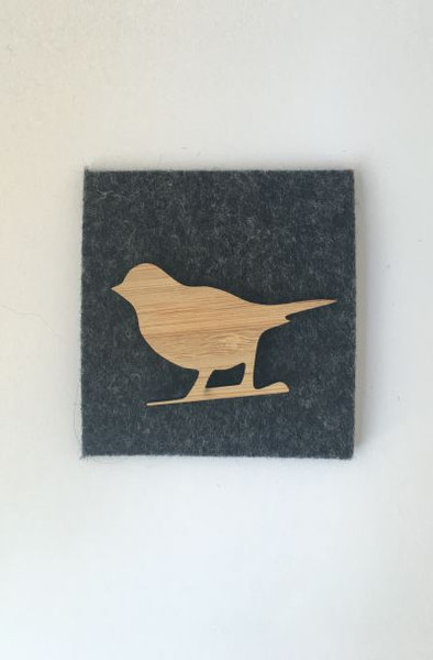 This is such a cute little Bird on a branch ideal to pin on your outfit, bag, scarf or a give as a fantastic gift.