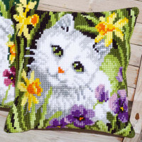 White Cat in Daffodils Chunky Cross Stitch Kit by Vervaco