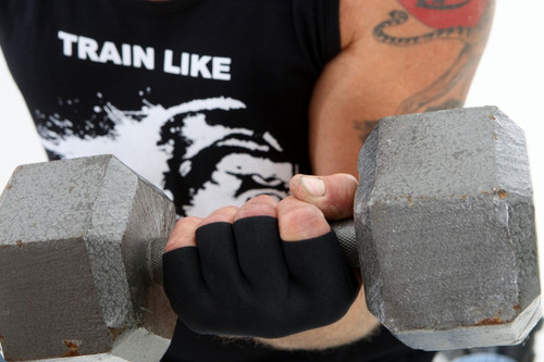 Darkfin KONGZ workout and crossfit gloves