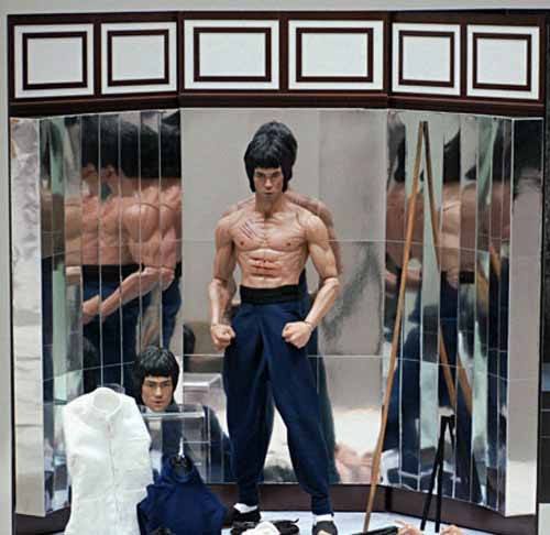 Enter The Dragon: Bruce Lee - Mirror Backdrop - Toy Anxiety
