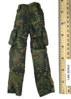 KSK Kommando Spezialkrafte L.R.R.P. - Cargo Pants w/ Built In Kneepads