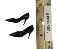 Bare Shouldered Evening Dress - High Heels (Black)