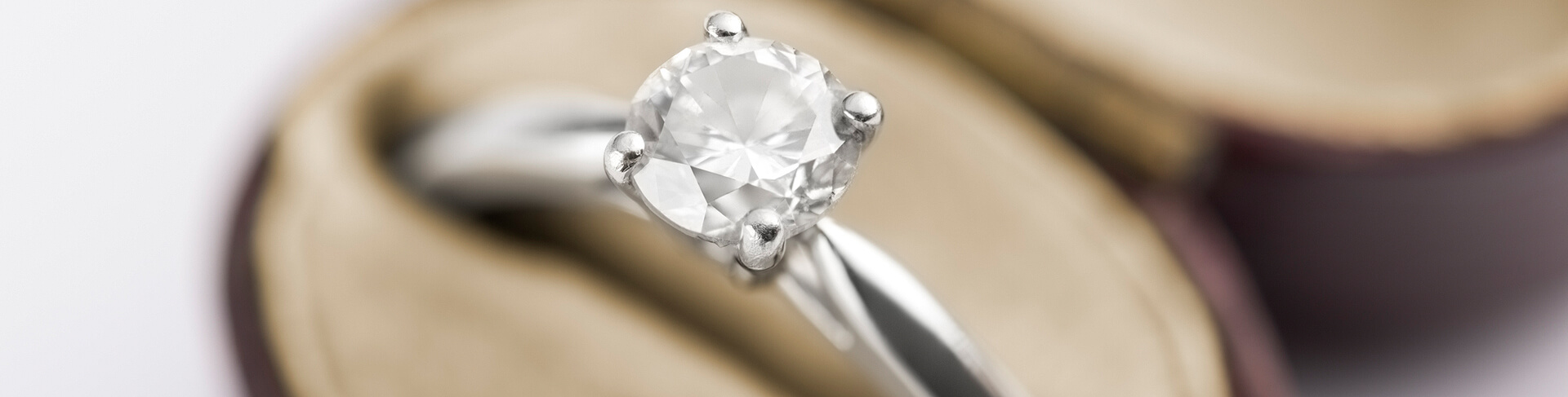 bloomsbury rose halo collections in rings gold diamond sustainable ethical ltd manor ring engagement