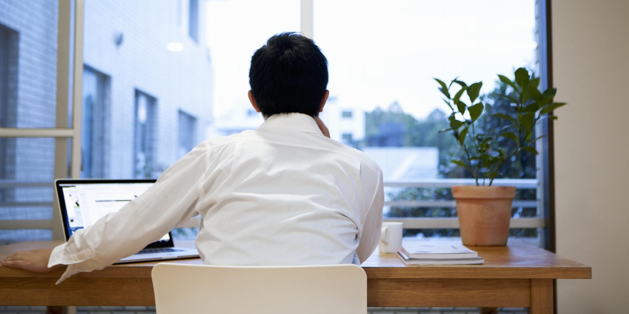 Benefits of Desk Plants