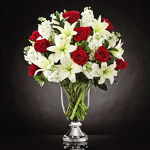 Grand Occasion Bouquet by Vera Wang (VW7)