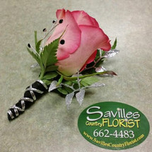 Boutonniere Lt Pink with Hot pink tip Rose