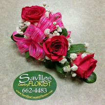 Corsage 3 Hot Pink Sweetheart Roses