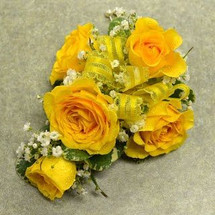 Corsage with 5 Yellow Sweetheart Roses