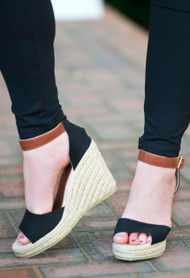 Resort Fling Wedge - Black***FINAL SALE***