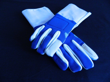 Foil glove it is designed for a perfect fit. It is made with soft artificial leather fabric on the palm and thumb. Foil gloves may also be used with a cuff over the sleeve to convert to a  non-FIE practice saber glove.