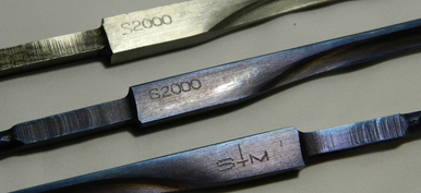 Stm S2000 Non-FIE Blades.  They come in Silver, Blue and Multi-Colored