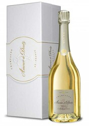Amour de Deutz Blanc de Blancs 2005 In Gift Box (75cl)