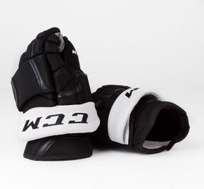 "14"" CCM HG12 Gloves - Team Stock Los Angeles Kings"