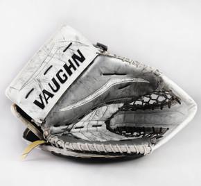 Regular - Vaughn V7 Pro XF Carbon White Glove - Jack Flinn Los Angeles Kings