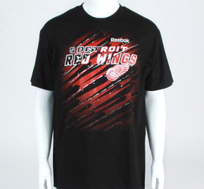 Detroit Red Wings Face Off Short Sleeve Shirt
