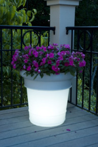 GardenGlo Planter - Illuminated Solar Powered Color Changing LED