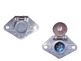 CLEARANCE: 6-Pin Round Trailer Connector (Female)