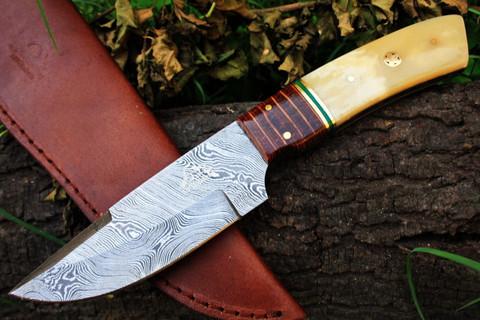 "DKC-192 SPIRIT HUNTER Damascus  Hunting Handmade Knife Fixed Blade 9 oz 9.5 ""   Incredible detail in a custom hand made knife."