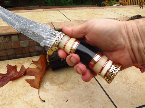 """DKC-6005 White Swami Bowie Damascus Steel Hunting Knife DKC Knives 1.5 lbs 15"""" Long 10'' Blade"""
