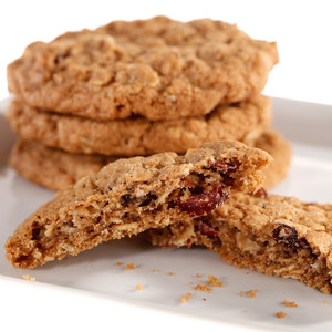 HEARTY & CRUNCHY CRANBERRY CINNAMON COOKIE (No Nuts)