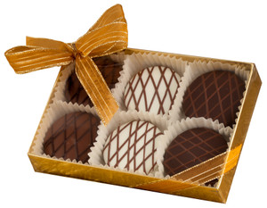 CHOCOLATE DRIZZLED OREO 6 PK.