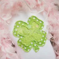 Shabby Clover Applique