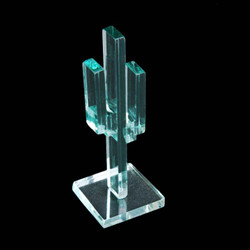 """Vertical Glass Cactus 4"""" w/Glass Base"""