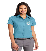 Dillard Street ladies short sleeve button up shirt w/ embroidery