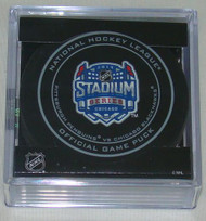 2014 NHL Stadium Series Chicago Official Game Puck in Cube - Penguins vs. Blackhawks