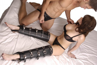 Strict Leather Leg Binders