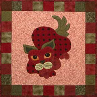 StrawPurry Applique Block