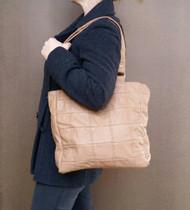 Camel leather bag / everyday shoulder handbag / unique tote bag laura
