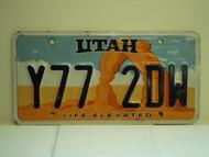 UTAH Life Elevated License Plate  Y77 2DW