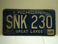 2001 MICHIGAN Great Lakes License Plate SNK 230