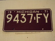 1971 MICHIGAN  License Plate 9437 FY