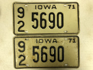 1971 IOWA Washington County License Plate 92-5690 PAIR