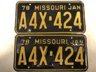 Pair of DMV Clear January 1978 MISSOURI Passenger LLC License Plates YOM Clear A4X-424 MO