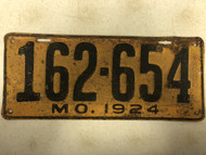 DMV Clear 1924 MISSOURI Passenger License Plate YOM Clear 162-654 MO