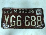 DMV Clear November 1962 MISSOURI Passenger License Plate YOM Clear YG6-688 MO
