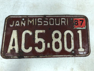 DMV Clear January 1967 MISSOURI Passenger License Plate YOM Clear AC5-801 MO