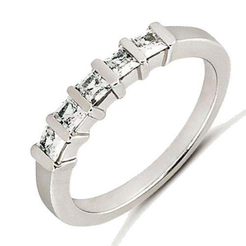 0.50 ct tw Princess Cut Diamond Anniversary Ring
