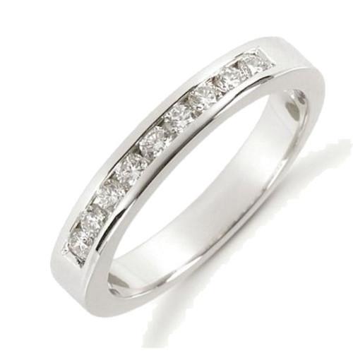 0.27 ct tw Diamond Anniversary Ring