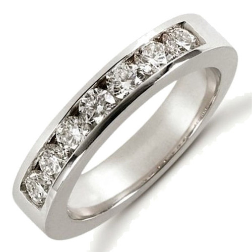 0.70 ct tw Diamond Anniversary Ring