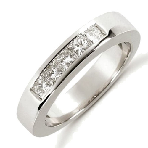 0.50 Ct Tw Diamond Anniversary Ring