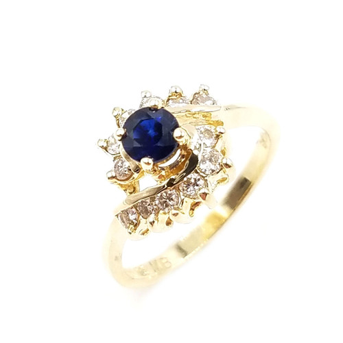 0.25 Ct Tw Diamond & Sapphire Ring