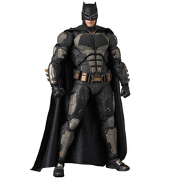 *Tentative pre-order: MAFEX No.064 MAFEX JUSTICE LEAGUE BATMAN TACTICAL SUIT Ver. PRE-ORDER