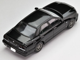 *Pre-order due date: 2018/01/31 - Tomica Limited Vintage NEO LV-N170a Skyline 25GT-V (Black) PRE-ORDER