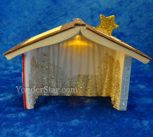 Stable for mouse nativity set.