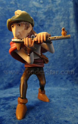 Kastlunger Piper/Flute Player for LEPI Kastlunger Wooden Nativity