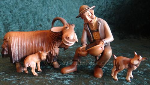 Kastlunger Milker & Goat Scene LEPI Kastlunger Wood Nativity